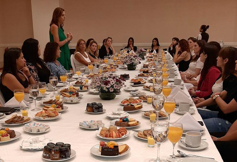 Encentro Mujeres- National Shipping